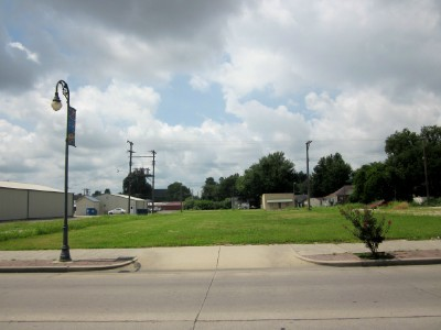 137-West-Third-Street-Caruthersville-MO-63830