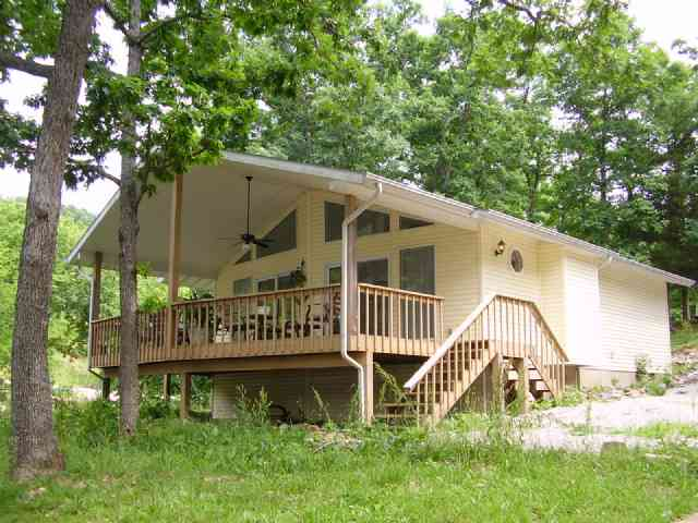http://www.cb-lakecountry.com/properties-search/details/?mlsnum=424611&aid=504&agt=0&anch=1&page=1&price=any&rangel=&rangeh=&propertytype=any&city=any&county=any&zipcode=any&bedrooms=any&bathrooms=any&sqft=any&acres=any