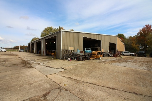 Commercial for sale – 1886  Hwy B   Poplar Bluff, MO